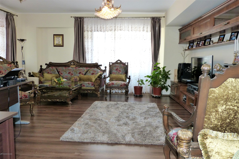 Vanzare Apartament 3 camere - Tomis Plus, Constanta