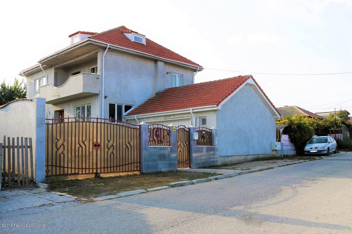 Vanzare Casa 196 m² - Ovidiu, Ovidiu