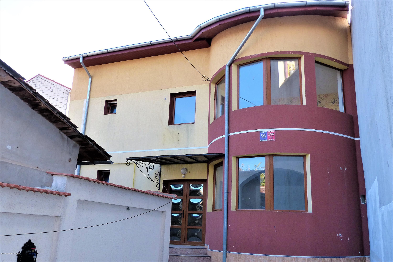 Vanzare Casa 105 m² - Tomis 1, Constanta