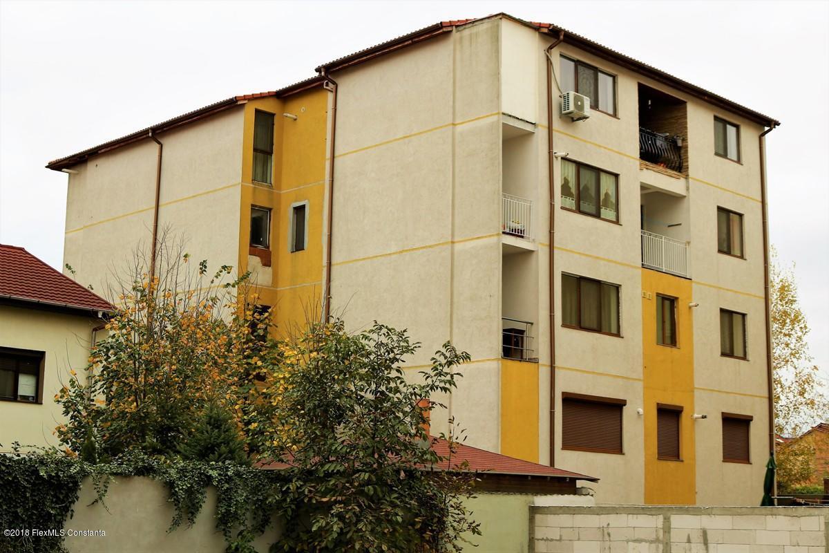 Vanzare Apartament 3 camere - Compozitorilor, Constanta