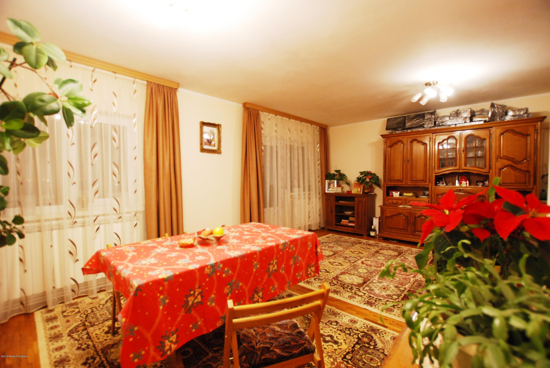 Vanzare Apartament 4 camere - Gara Constanta, Constanta