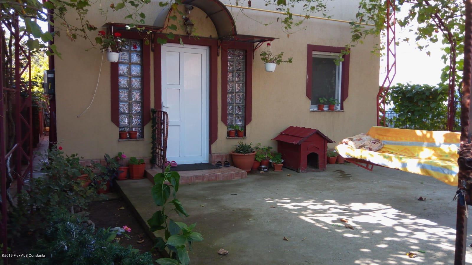 Vanzare Casa 125 m² - Centru, Lumina