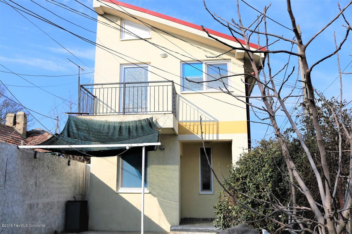 Vanzare Casa 74 m² - Palazu Mare, Constanta