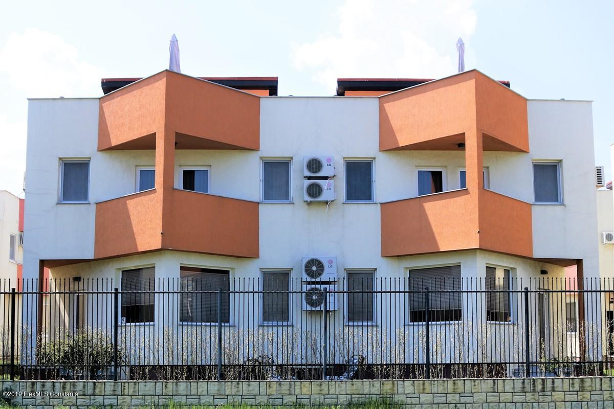 Vanzare Casa 90 m² - Mamaia Nord, Navodari