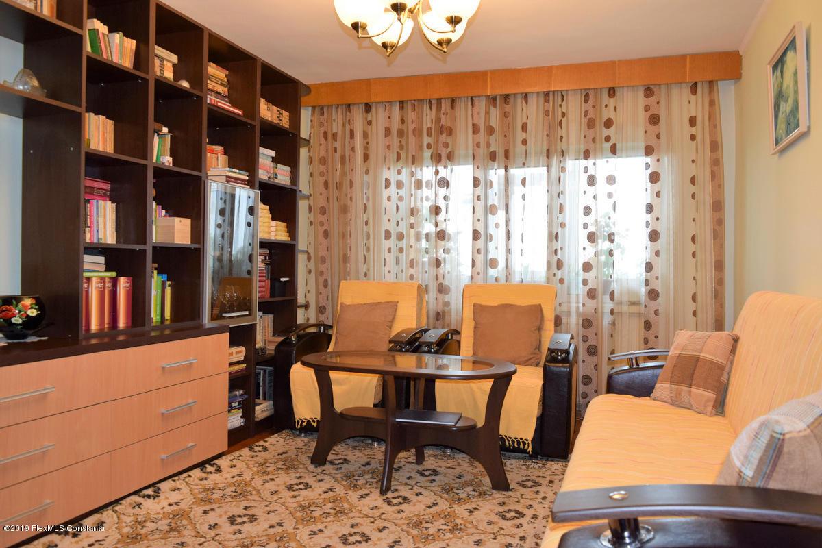 Vanzare Apartament 4 camere - Anda, Constanta