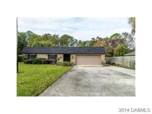 9Twin River Dr