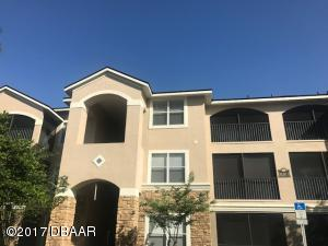 940Village Trail