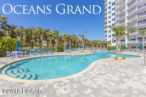 2 Oceans West Boulevard