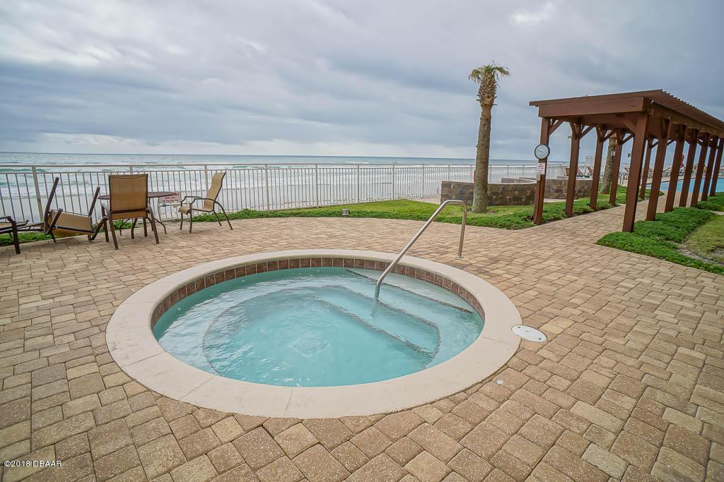 2515 Atlantic Daytona Beach - 15