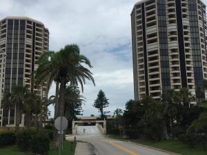 1Oceans West Boulevard