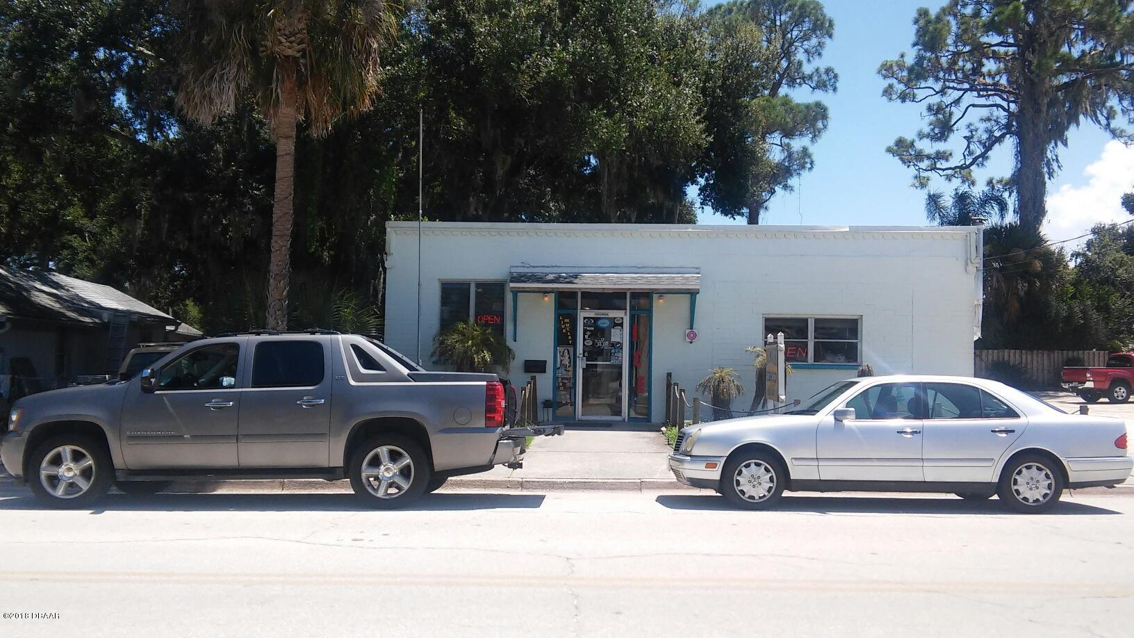 Photo of 108 E Park Avenue, Edgewater, FL 32132