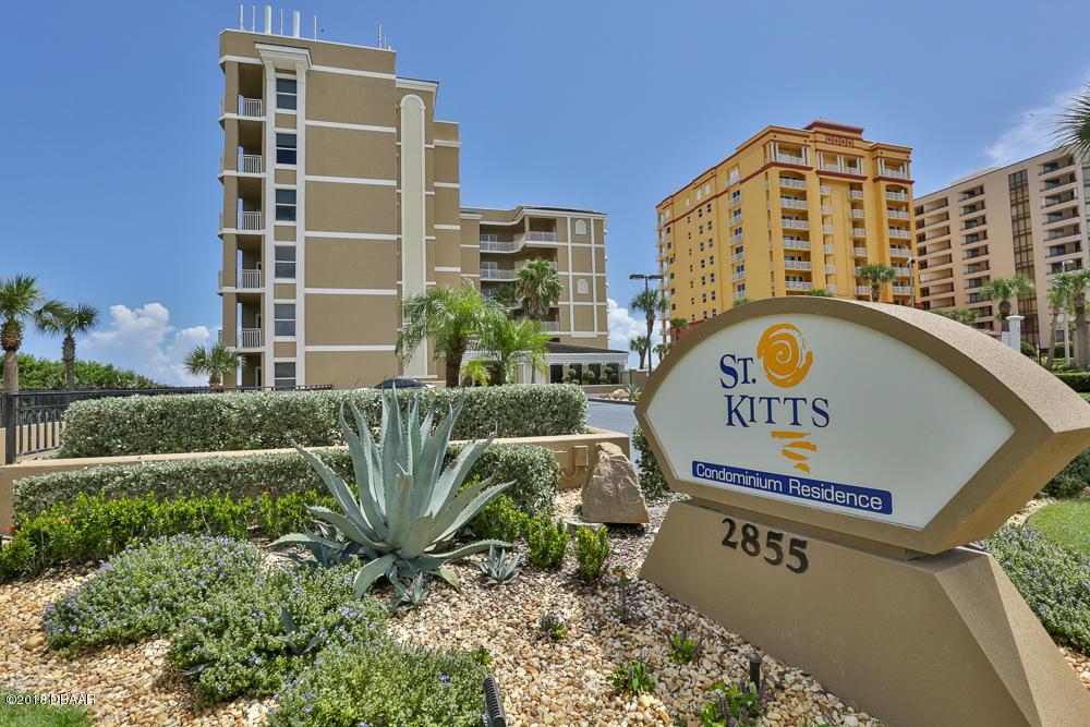 Photo of home for sale at 2855 AtlanticAvenue #302, Daytona Beach Shores FL