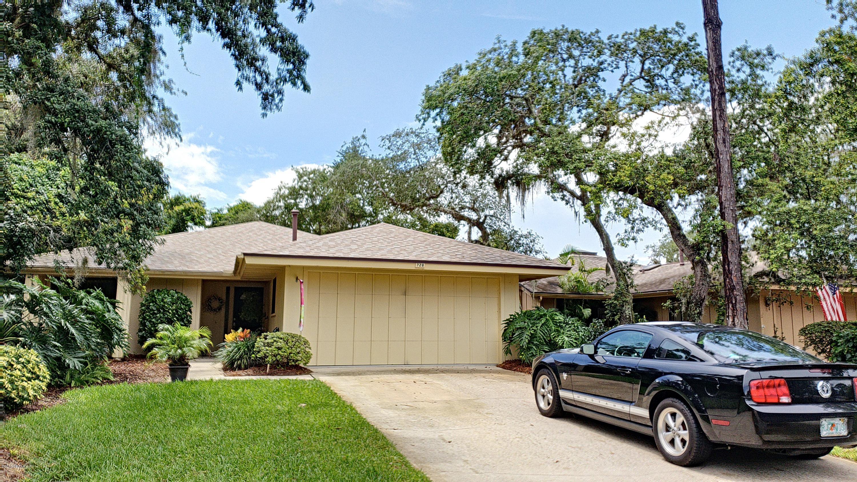 Photo of 728 St Andrews Circle, New Smyrna Beach, FL 32168