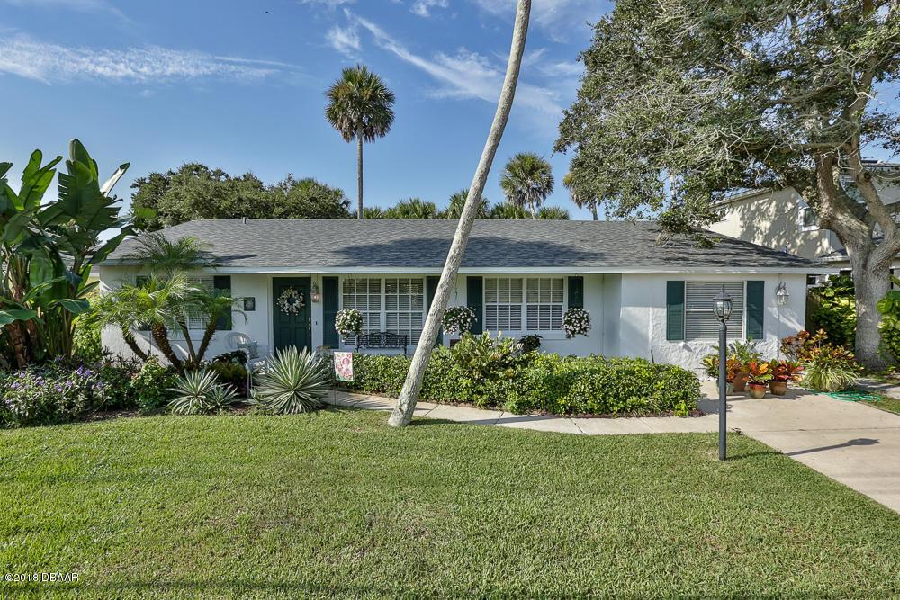 Photo of 4622 Saxon Avenue, New Smyrna Beach, FL 32169