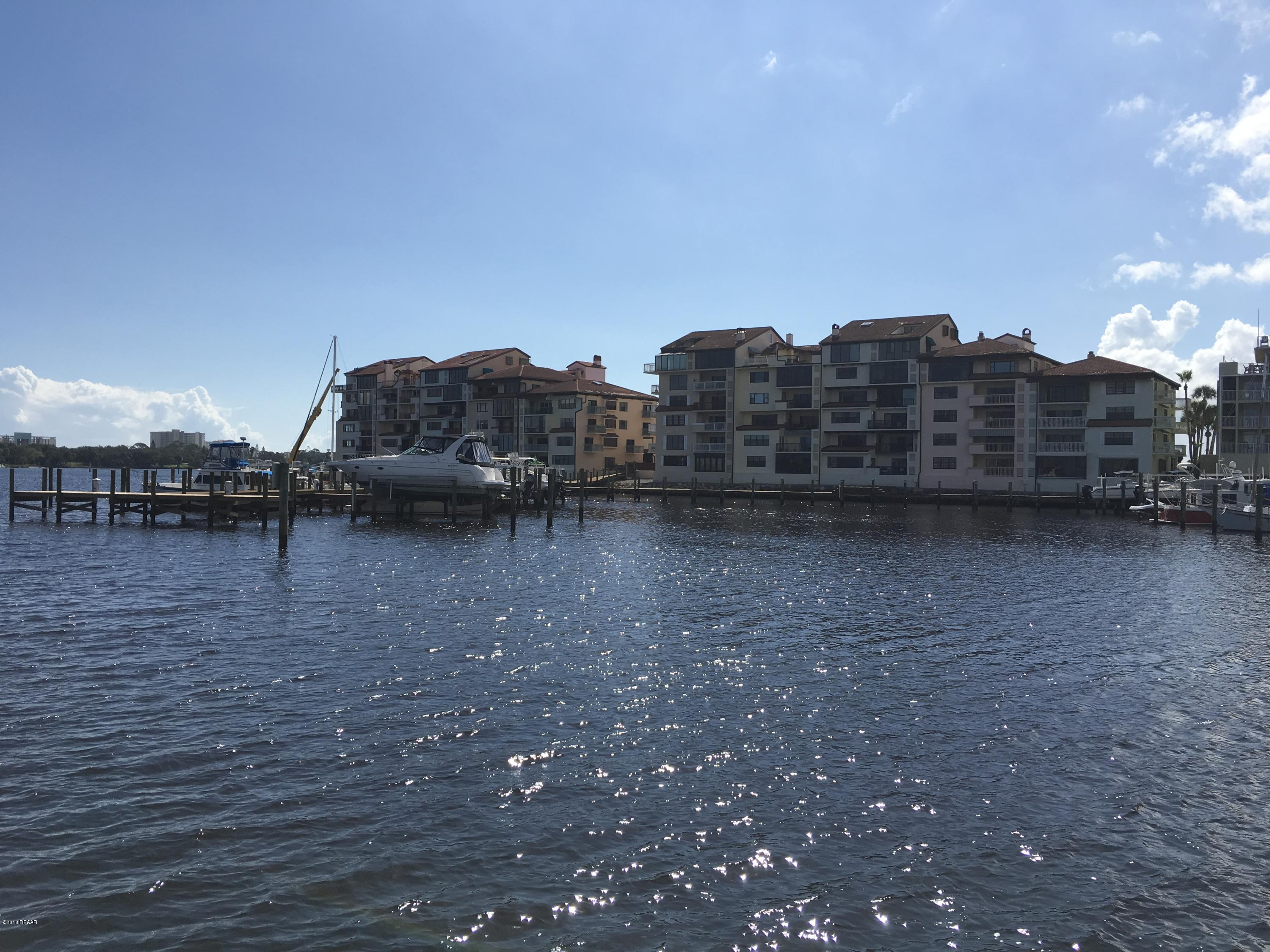 661  Marina Point Drive, Daytona Beach, Florida