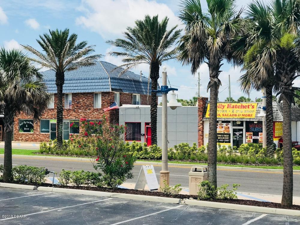 Photo of 132 S Atlantic Avenue, Daytona Beach, FL 32118