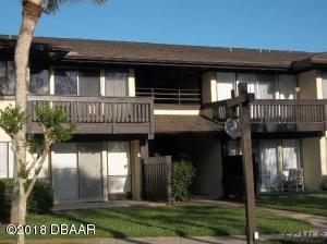 48Club House Drive
