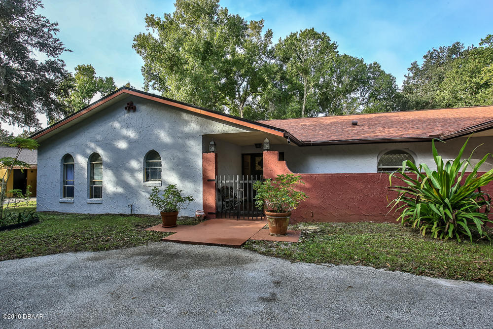 Photo of 1870 S Air Park Road, Edgewater, FL 32141