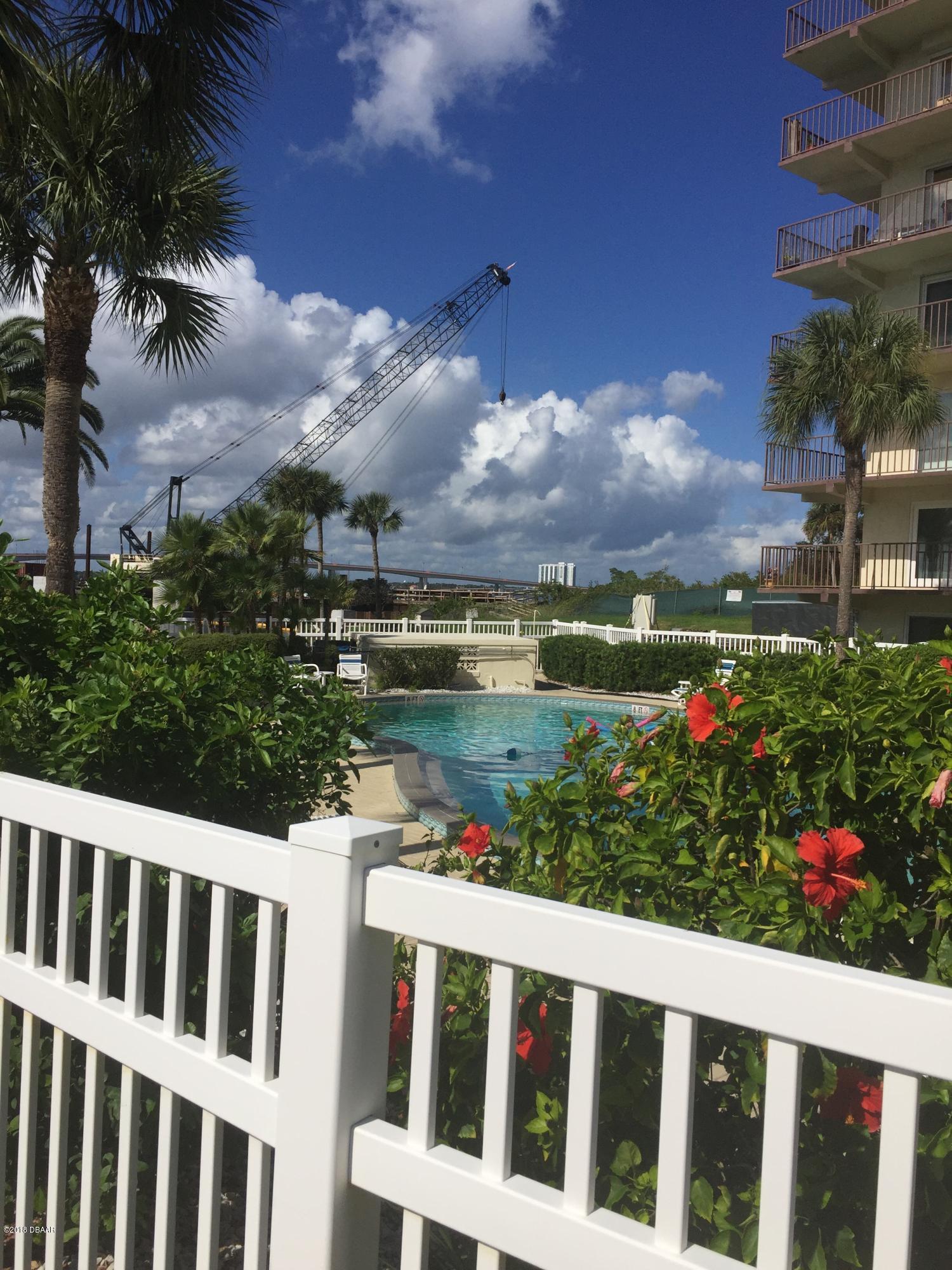 100 Silver Beach Daytona Beach - 2