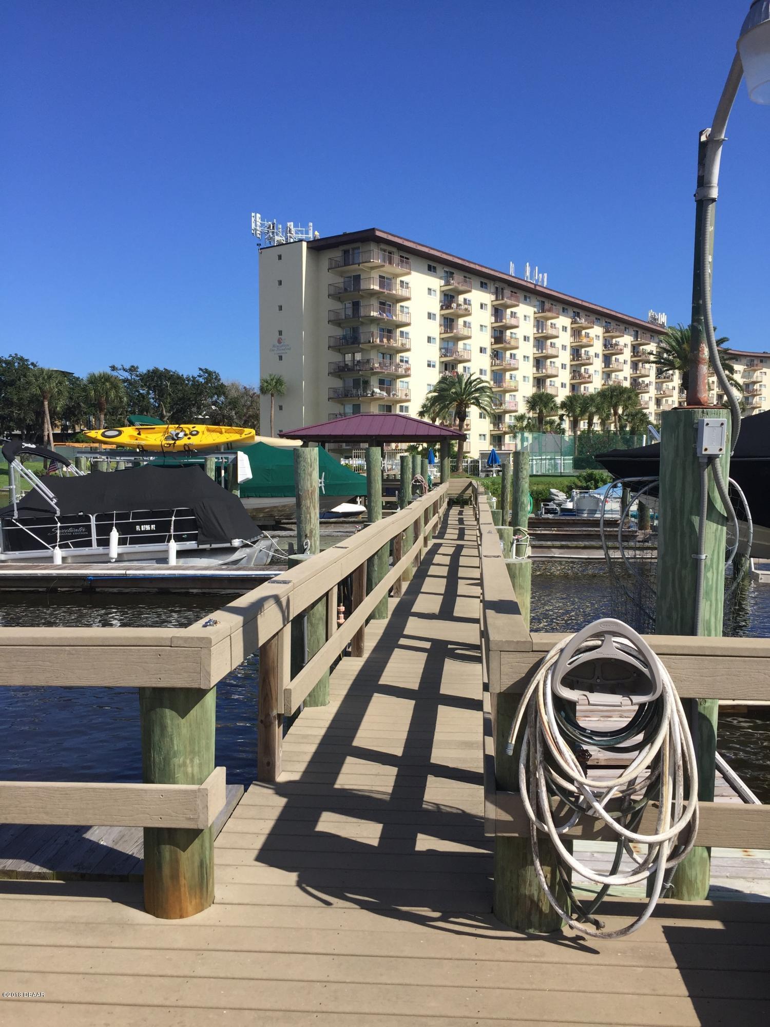 100 Silver Beach Daytona Beach - 1