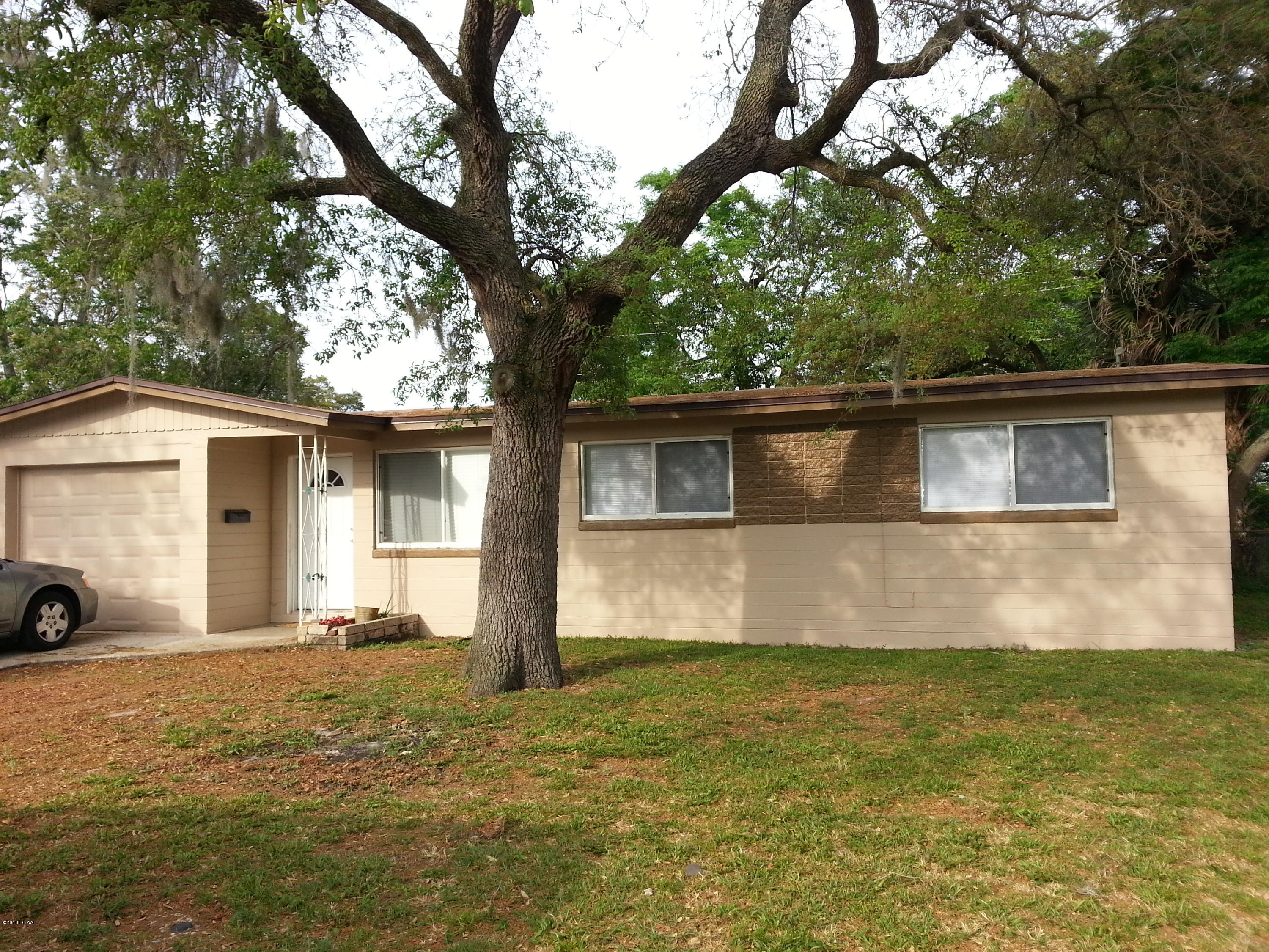 833  Lewis Drive, Daytona Beach in Volusia County, FL 32117 Home for Sale