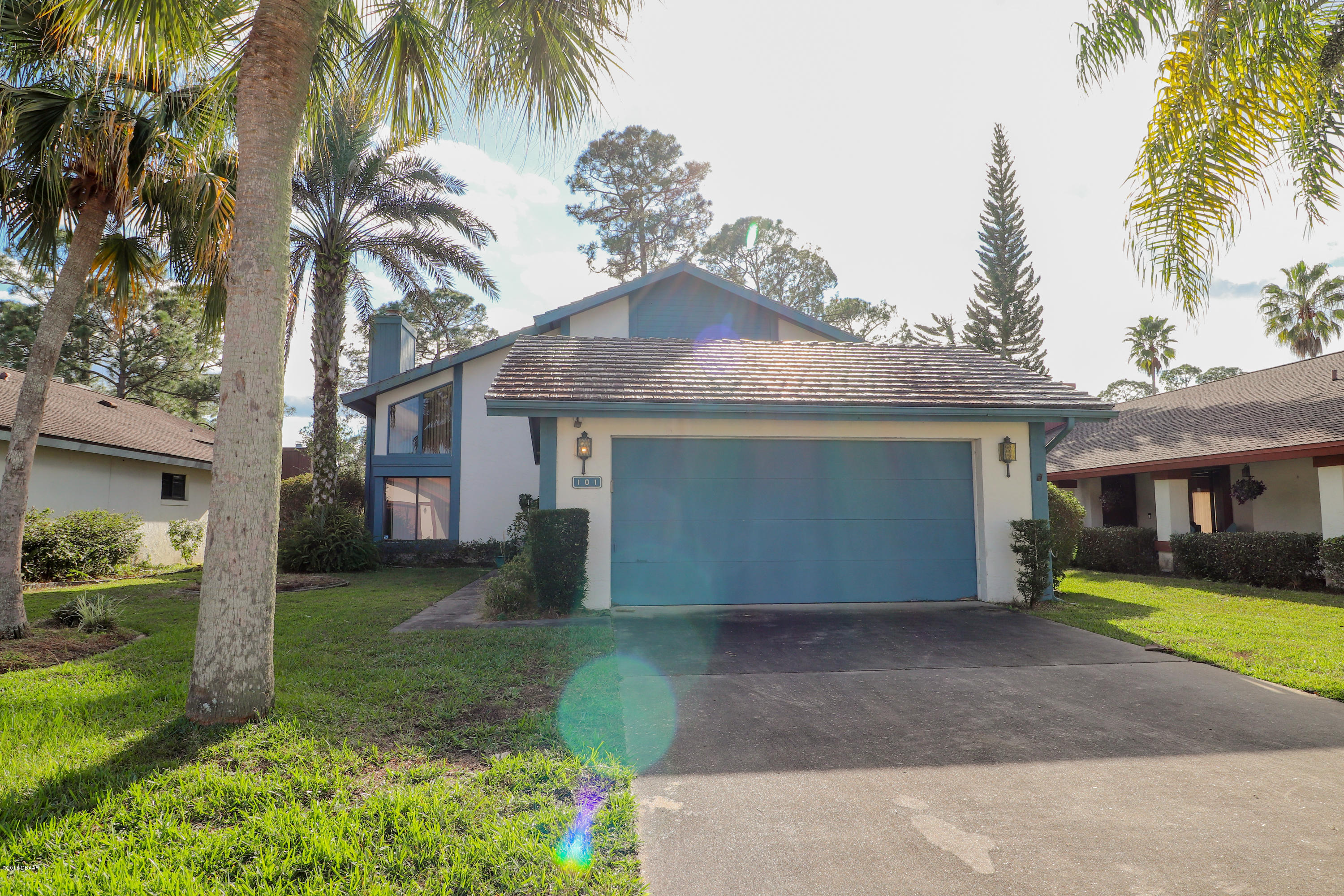 Photo of 101 Meadowbrook Circle, Daytona Beach, FL 32114