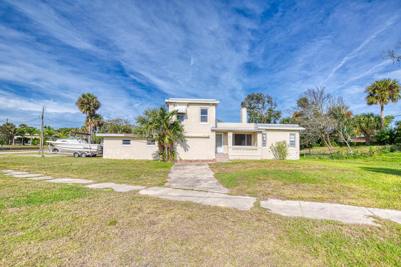 17  Bridgeport Road, Daytona Beach in Volusia County, FL 32118 Home for Sale