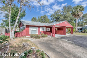16Red Maple Circle