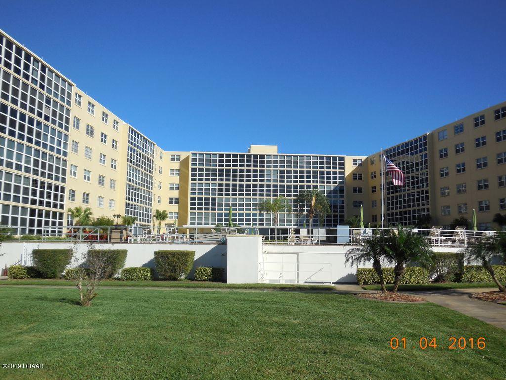 1224 S Peninsula Drive, Daytona Beach in Volusia County, FL 32118 Home for Sale