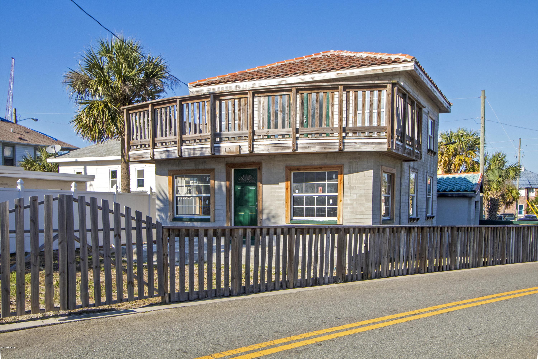 131 S Grandview Avenue, Daytona Beach in Volusia County, FL 32118 Home for Sale