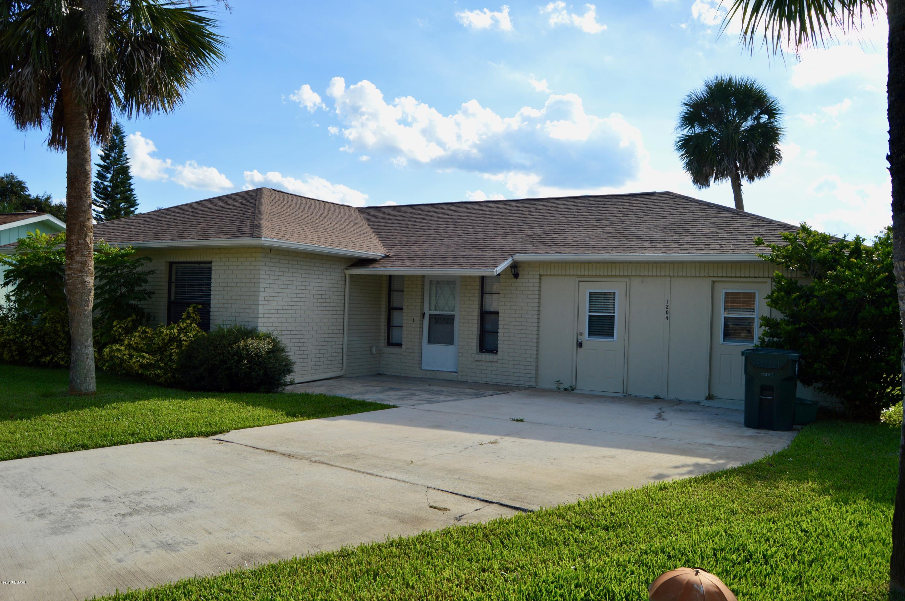 Photo of 1204 Ruthbern Road, Daytona Beach, FL 32114