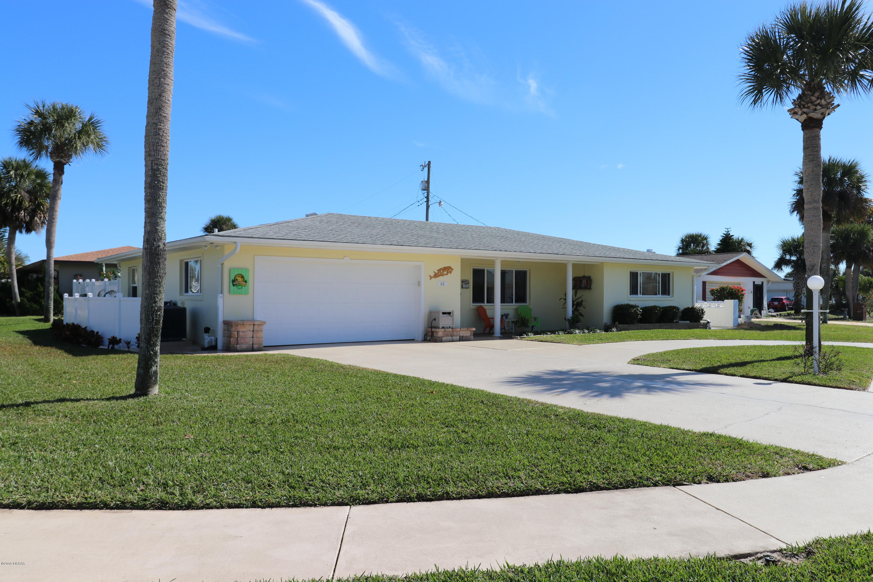 61  Oakview Circle, Ormond-By-The-Sea, Florida