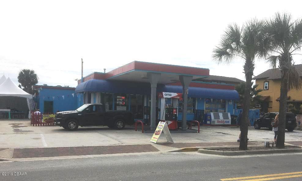 Photo of 323 Flagler Avenue, New Smyrna Beach, FL 32169