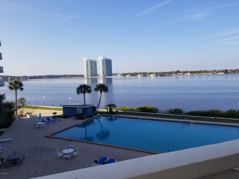 935 N Halifax Avenue, Daytona Beach in Volusia County, FL 32118 Home for Sale