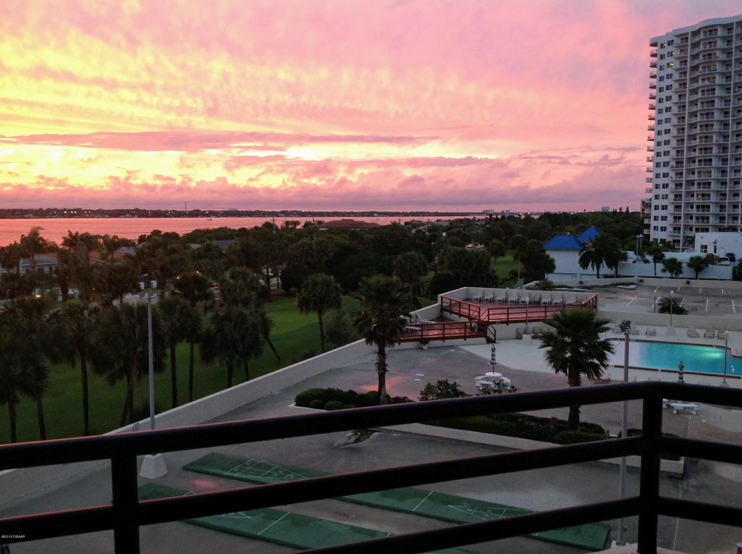 1 Oceans West Daytona Beach - 17