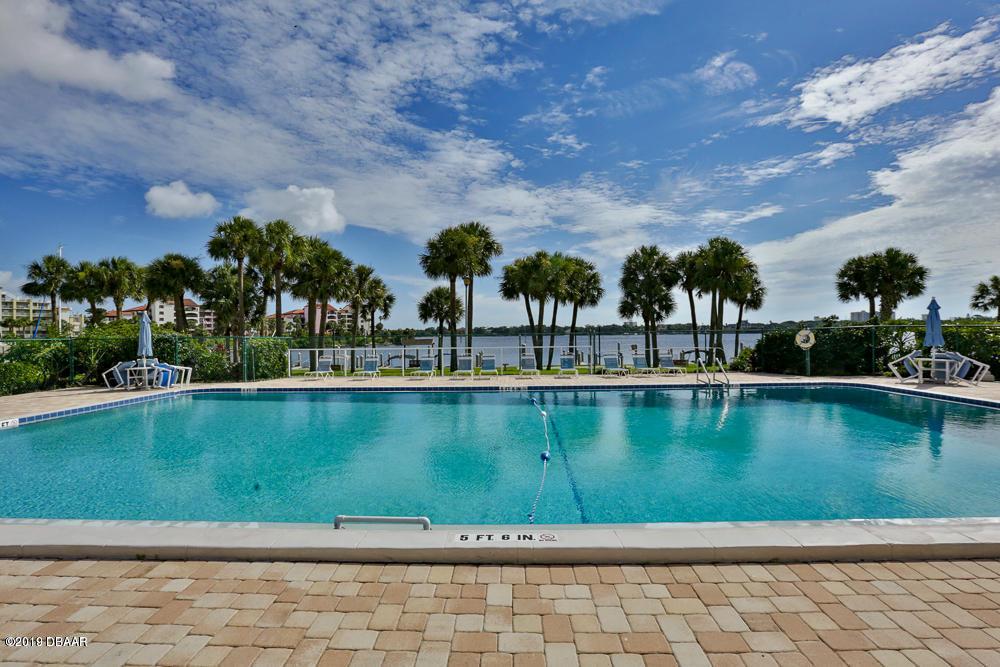 715 Beach Daytona Beach - 3