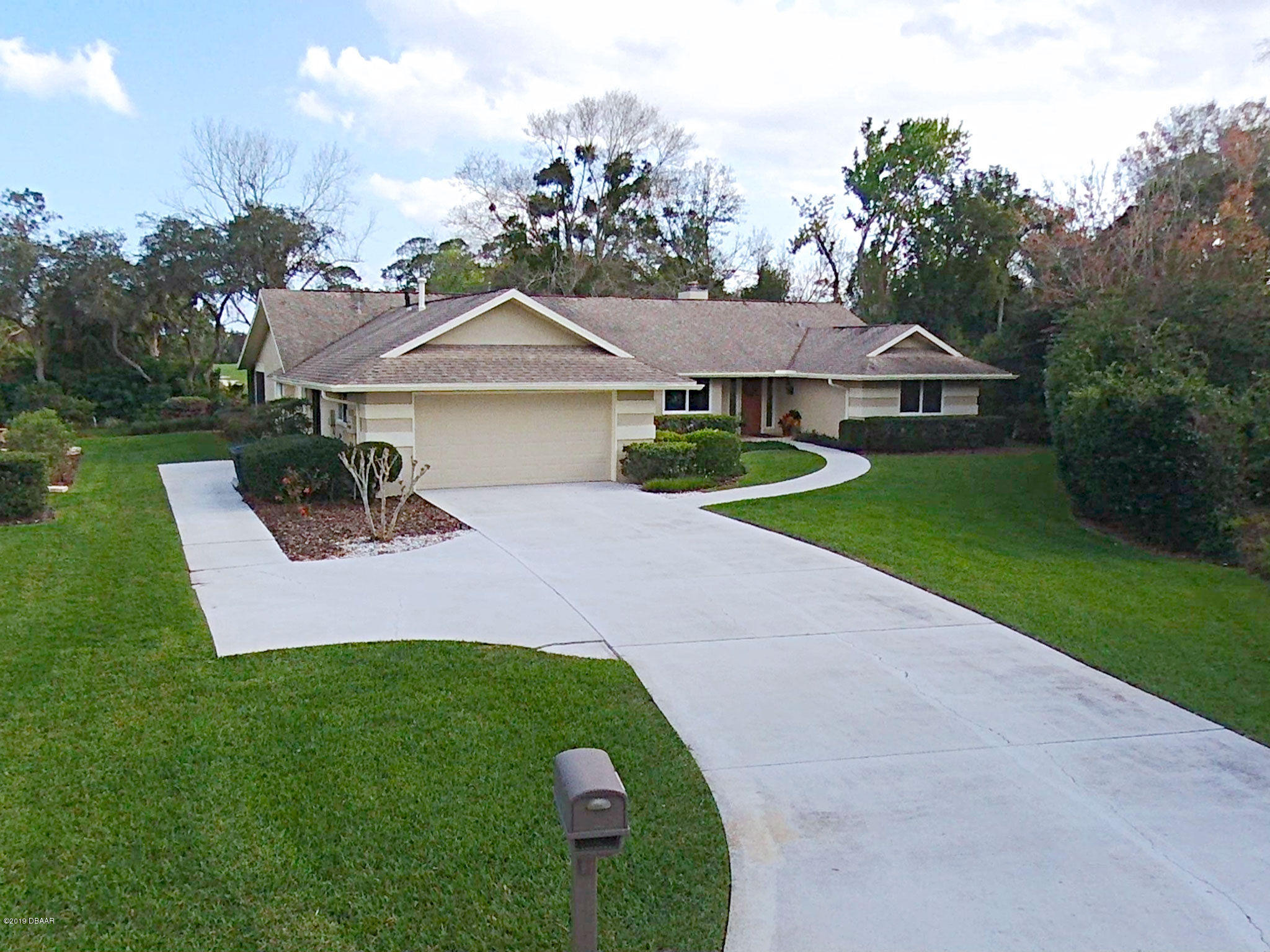 Photo of 910 Arrowroot Court, New Smyrna Beach, FL 32168