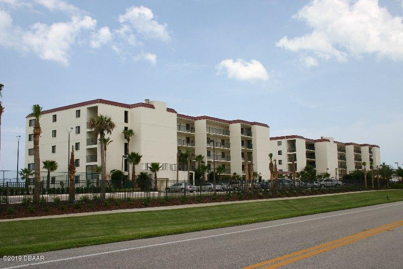 Photo of 6713 Turtlemound Road #110, New Smyrna Beach, FL 32169