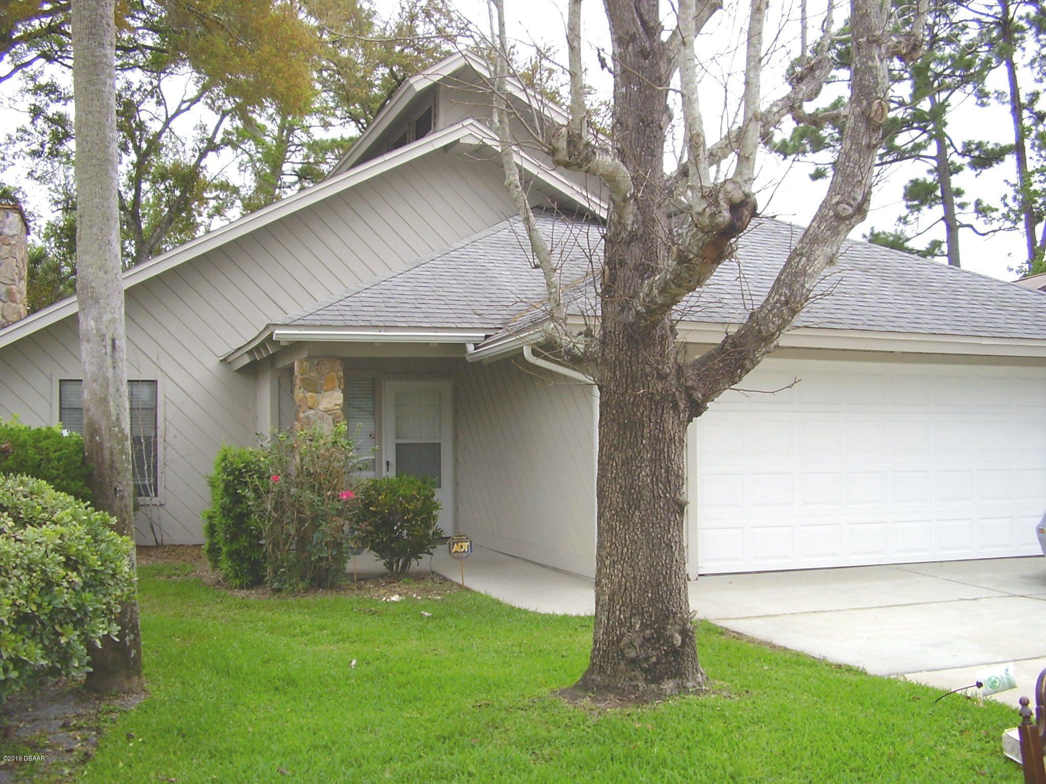 Photo of 930 N Lakewood Terrace, Port Orange, FL 32127