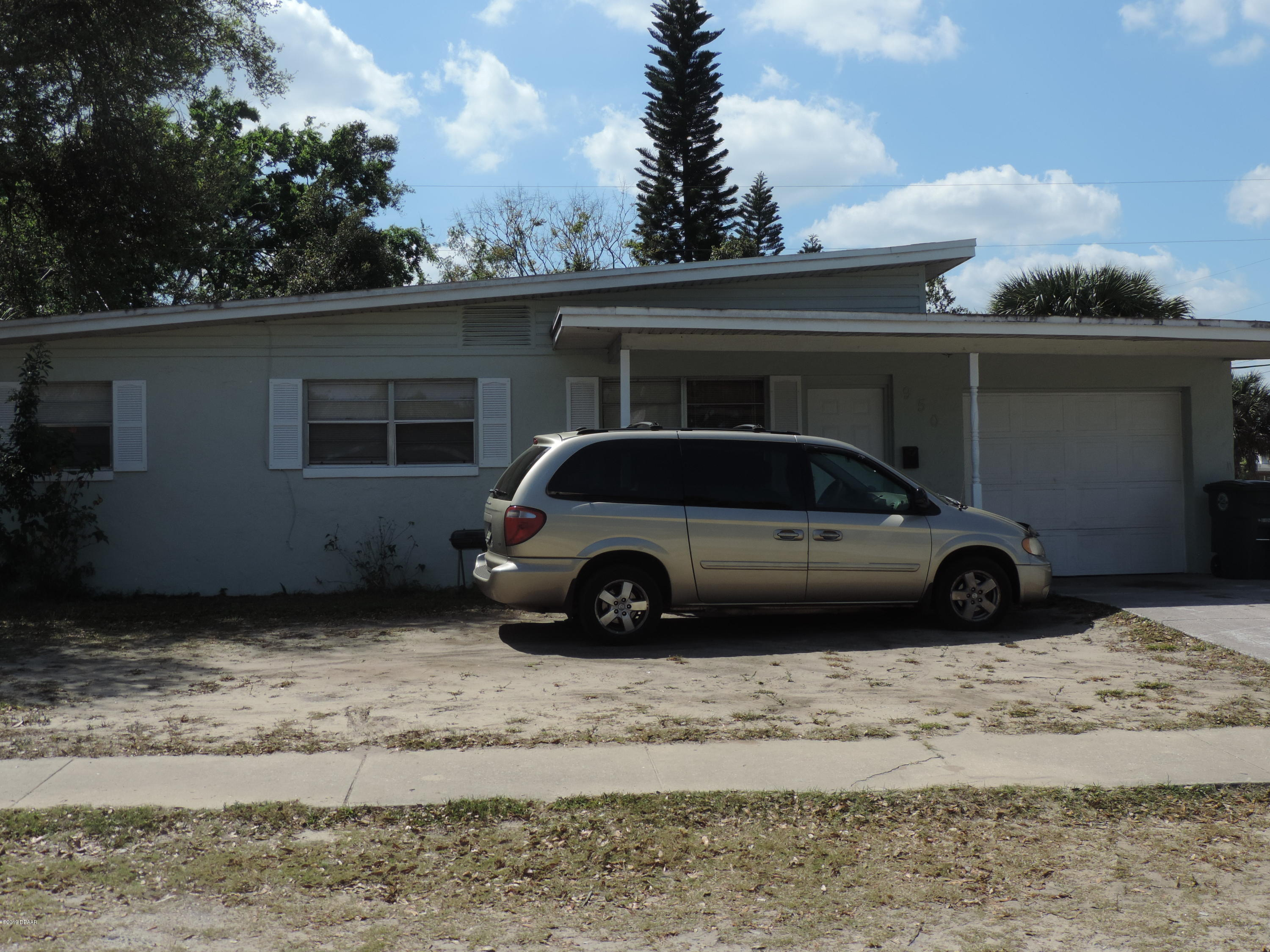 950  Lewis Drive, Daytona Beach in Volusia County, FL 32117 Home for Sale