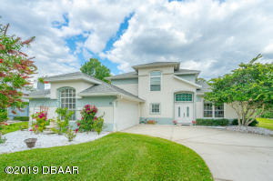 10Creek Bluff Way