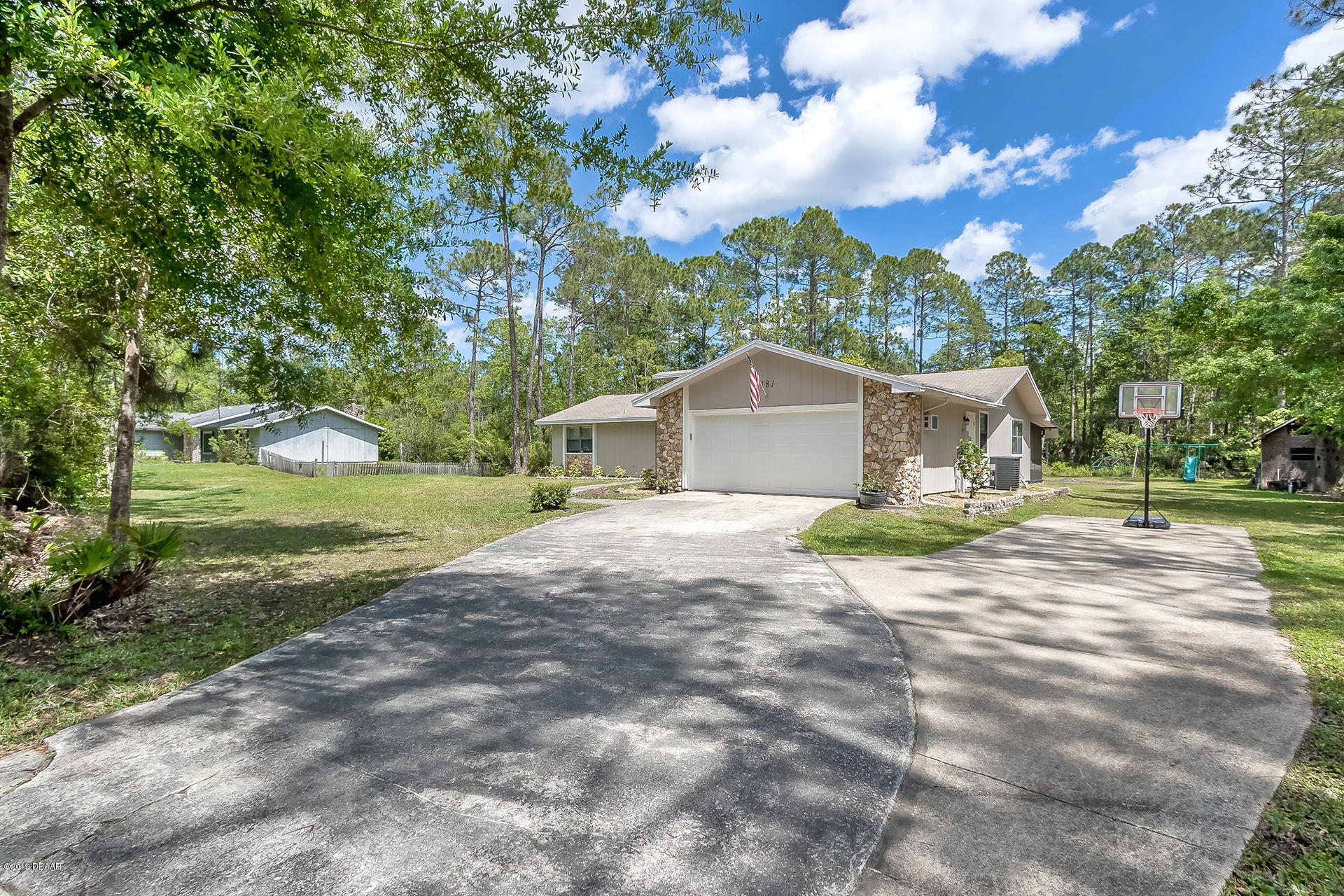181 E Woodhaven Circle, Ormond Beach in Volusia County, FL 32174 Home for Sale