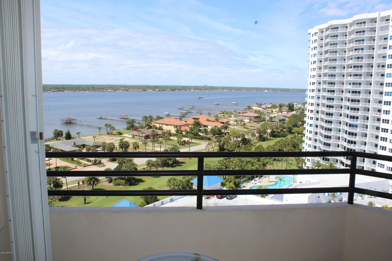 1 Oceans West Daytona Beach - 24