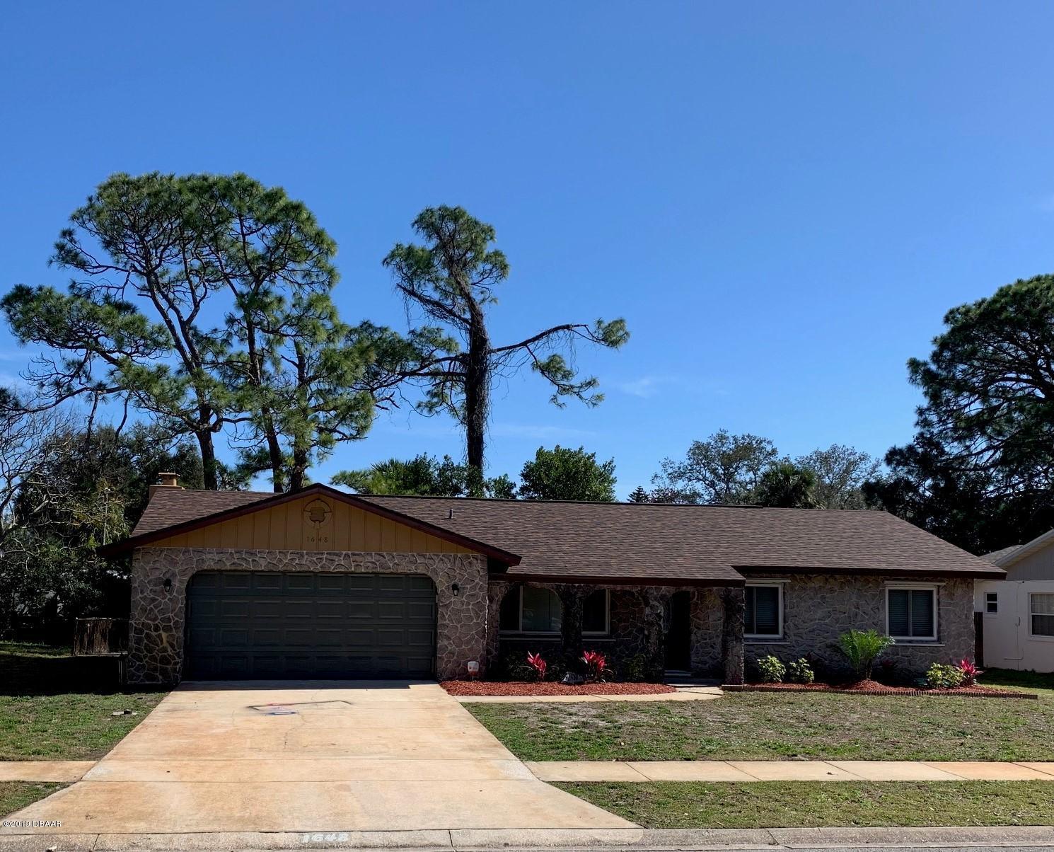 1648 E Shangri-La Drive, Daytona Beach in Volusia County, FL 32119 Home for Sale