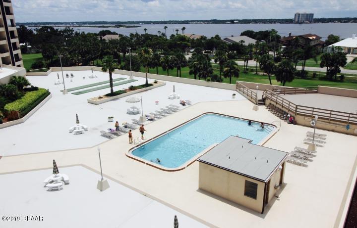 1 Oceans W Daytona Beach - 35