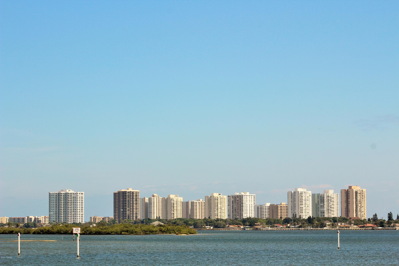 1 Oceans W Daytona Beach - 34