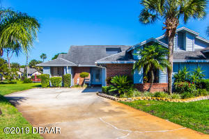 121Green Heron Court