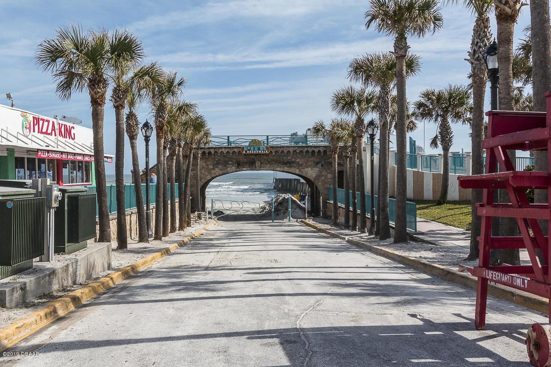 2515 Atlantic Daytona Beach - 45