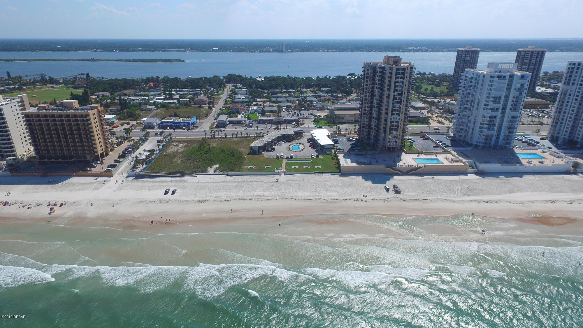 Photo of 3059 S Atlantic Avenue, Daytona Beach Shores, FL 32118