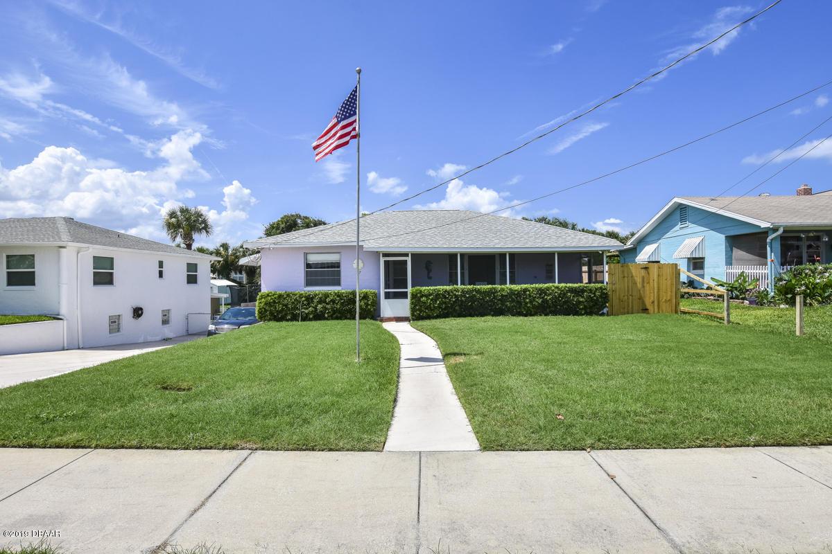 Photo of 117 Botefuhr Avenue, Daytona Beach, FL 32118